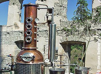 Destillieren Alkohol